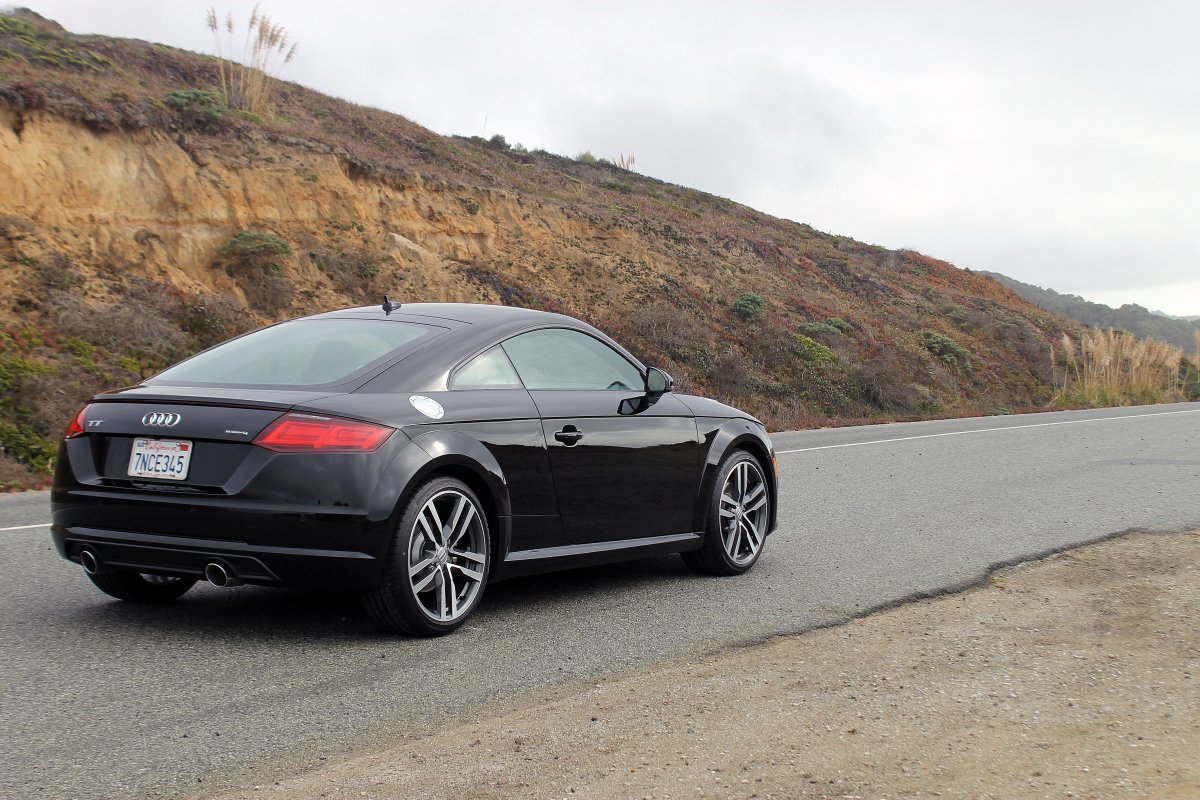 audi convinced me the new 2016 tt coupe is actually a. Black Bedroom Furniture Sets. Home Design Ideas