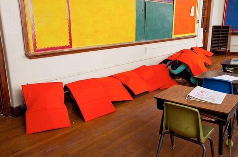 Now you can buy a bulletproof blanket specifically made for your kids to use during school shootings