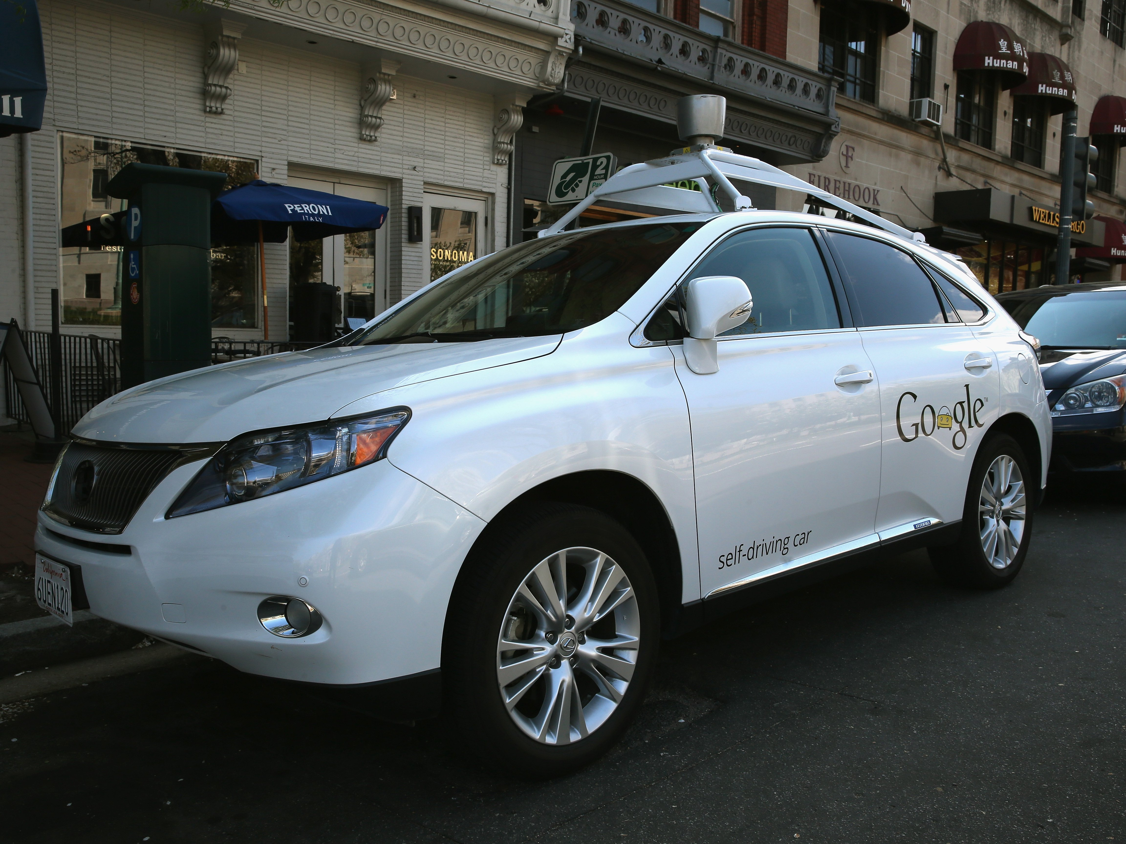 Googles-self-driving-car-got-in-the-first-accident-that-was-truly-its-fault-but-it-was-going-only-2-miles-an-hour